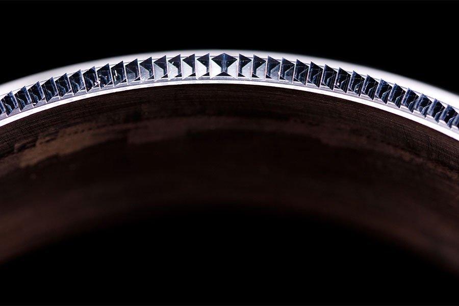 f25 ring